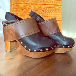 ⭐️ Woodies by Jeffrey Campbell